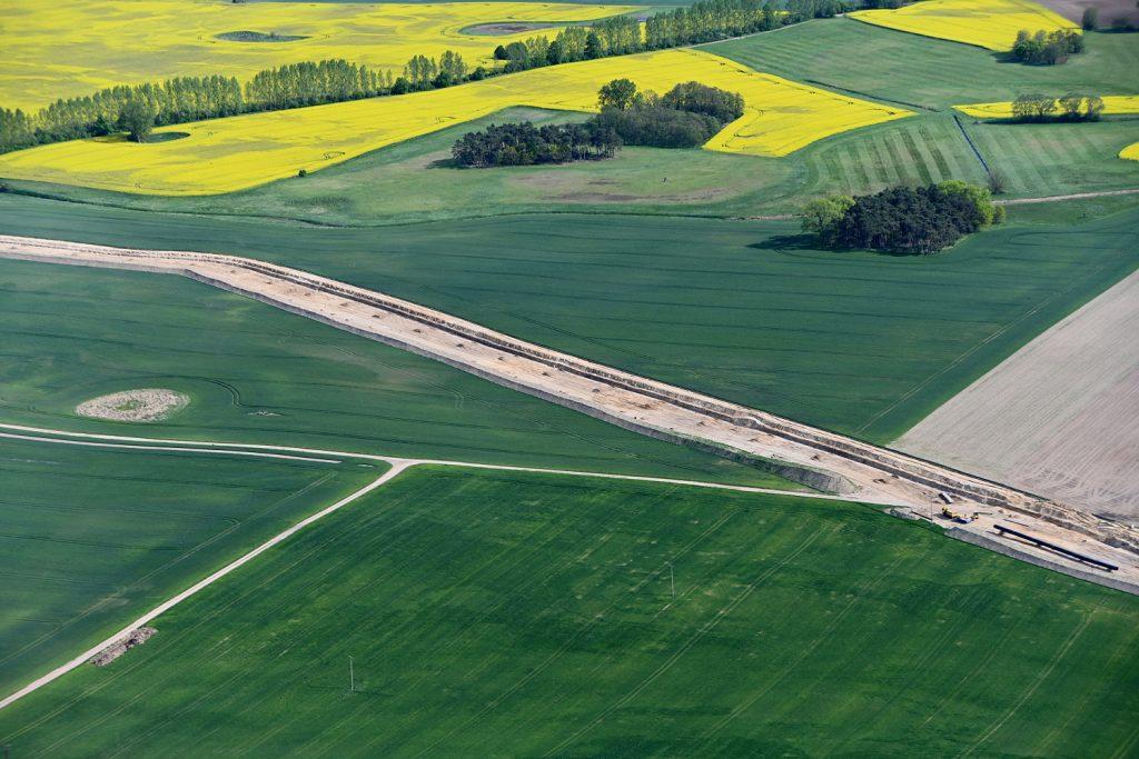 EUGAL-Baustelle in Mecklenburg-Vorpommern aus der Luft.